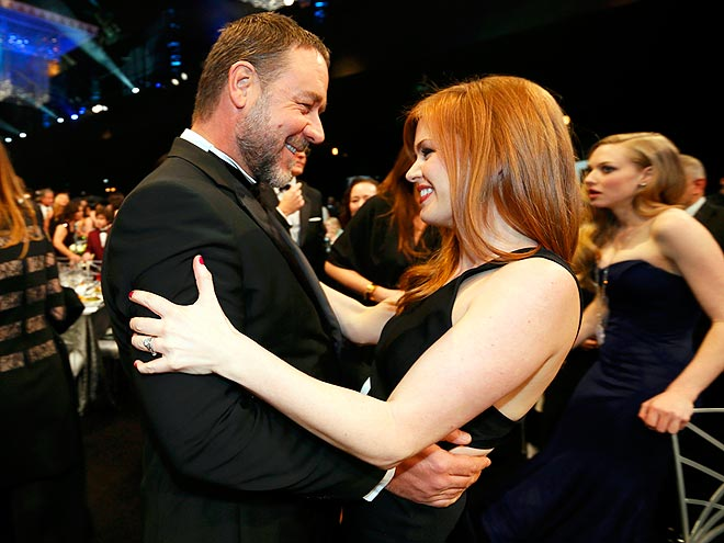 BABE IN ARMS photo | Isla Fisher, Russell Crowe