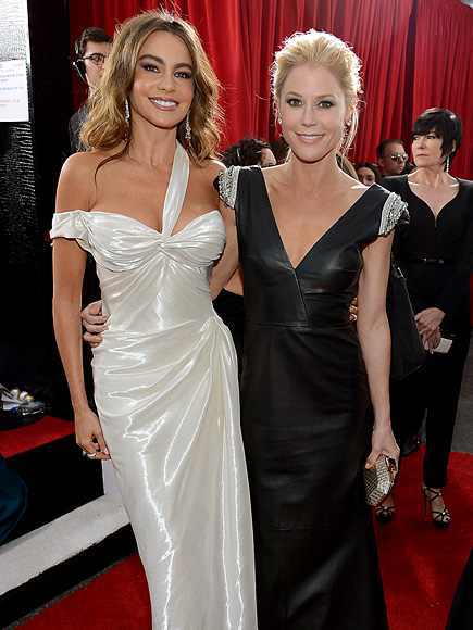 photo | Julie Bowen, Sofia Vergara