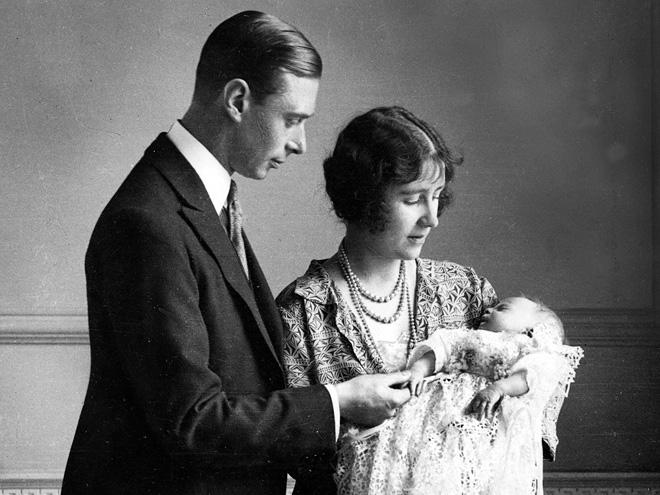 Принцессы английской короны: первое появление новорожденных на публике