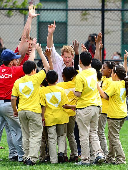 CHEER LEADER photo   Prince Harry