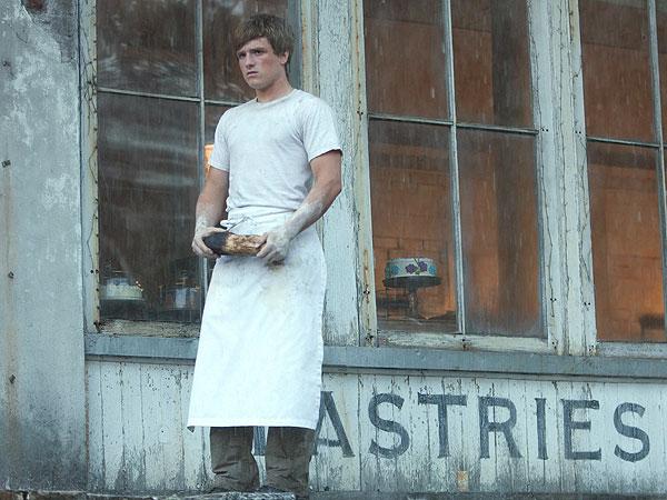 In Defense of Peeta's Hotness: 6 Reasons We're Team Peeta| The Hunger Games: Catching Fire, The Hunger Games, Josh Hutcherson