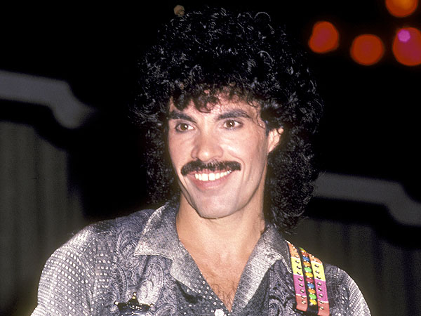 The 8 Greatest Mustaches of the '80s| Freddie Mercury, Geraldo Rivera, Hulk Hogan, Lionel Richie, Tom Selleck, Individual Class