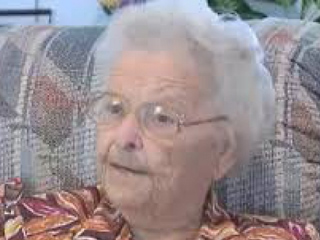 Opal Phelps, 92, Fights Home Invader