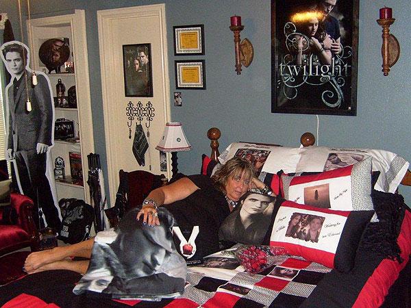 Twilight Premiered 5 Years Ago, but the Terror of Vampire Babies Lives On| Twilight, The Twilight Saga, Kristen Stewart, Robert Pattinson