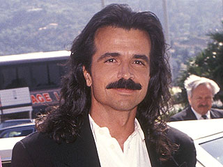 The 9 Greatest Mustaches of the '90s