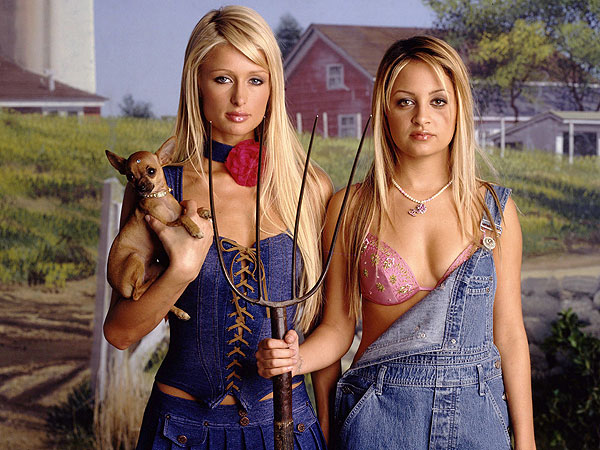 10 Ways The Simple Life Proves 2003 Was a Much Simpler Time| The Simple Life, Nicole Richie, Paris Hilton