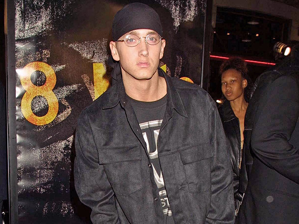 eminem 1 600x450 Lose Yourself in Photos From 8 Miles 2002 Premiere