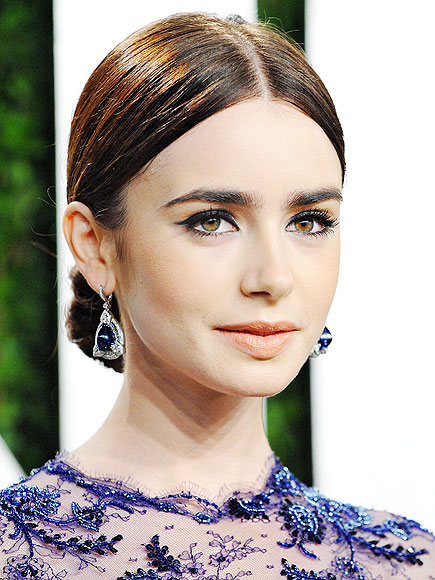 LILY COLLINS: EYEBROWS photo | Lily Collins