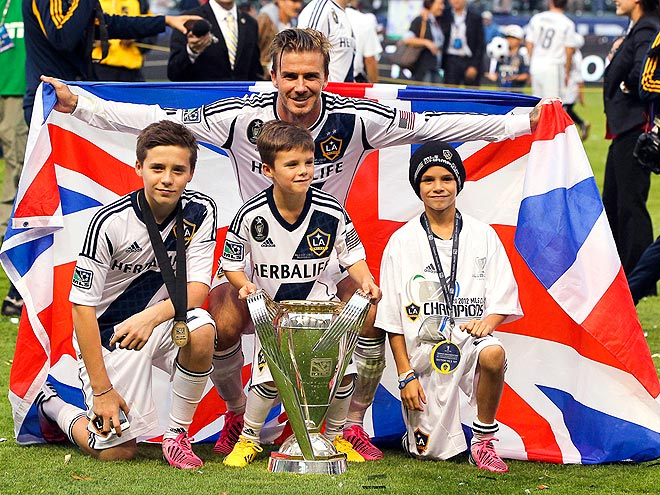 DAVID, BROOKLYN, ROMEO & CRUZ BECKHAM photo | David Beckham