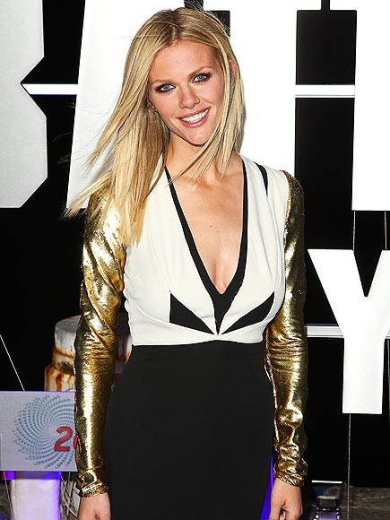 BROOKLYN DECKER photo | Brooklyn Decker