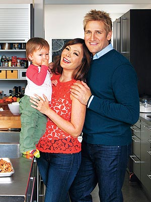 Second Child on the Way for Curtis Stone and Lindsay Price | Curtis Stone, Lindsay Price