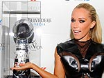 Game on! See How Stars Party Down for Super Bowl | Kendra Wilkinson