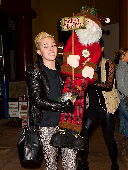SMILEY MILEY photo | Miley Cyrus
