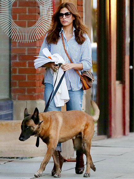 PAMPERED POOCH photo | Eva Mendes