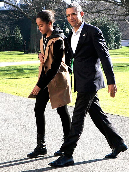 TAKING IT IN STRIDE photo | Barack Obama, Malia Obama
