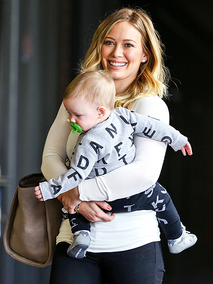 TOTE-ALLY ADORABLE photo | Hilary Duff