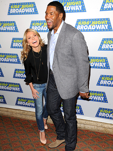 BROADWAY BOUND photo | Kelly Ripa, Michael Strahan