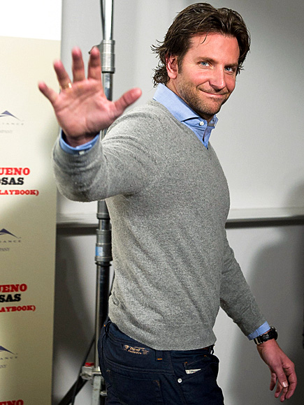 HAND-SOME ARRIVAL photo | Bradley Cooper
