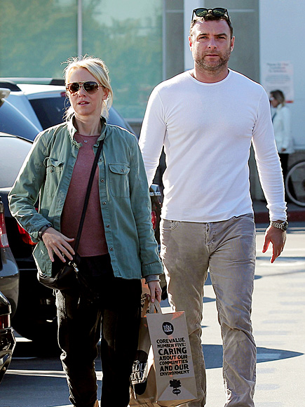 'GOODS' GOING photo | Liev Schreiber, Naomi Watts
