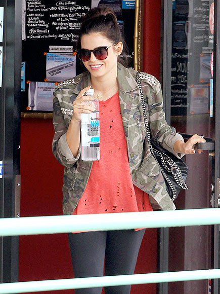 DRINK TO THAT photo | Jenna Dewan