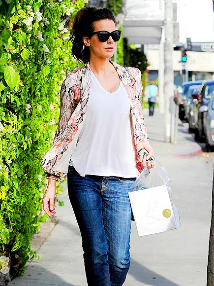SHOP TO IT photo | Kate Beckinsale