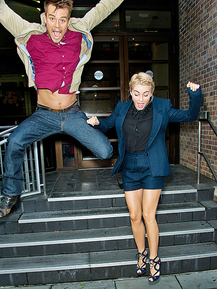 JUMP AROUND photo | Julianne Hough