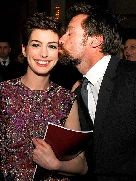 Les Kiss photo | Anne Hathaway, Hugh Jackman