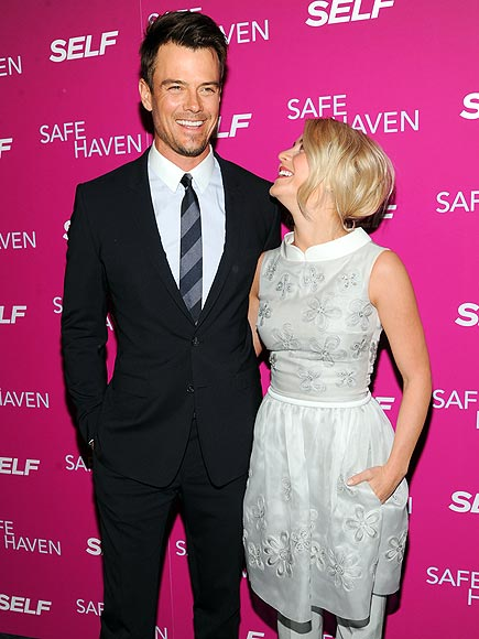 'SAFE' LANDING photo | Josh Duhamel, Julianne Hough