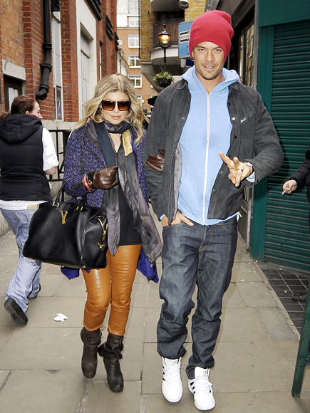 LINKED IN photo | Fergie, Josh Duhamel