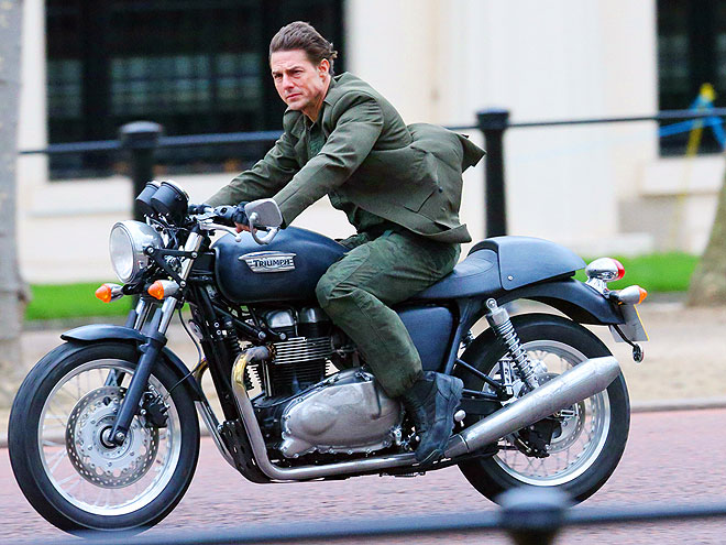 GET HIM A HELMET! photo | Tom Cruise