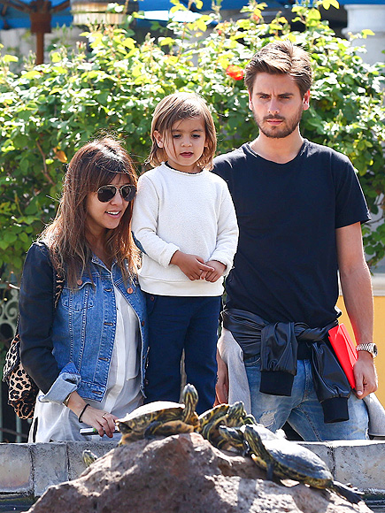 SIGHT WORTH SEEING photo | Kourtney Kardashian, Scott Disick