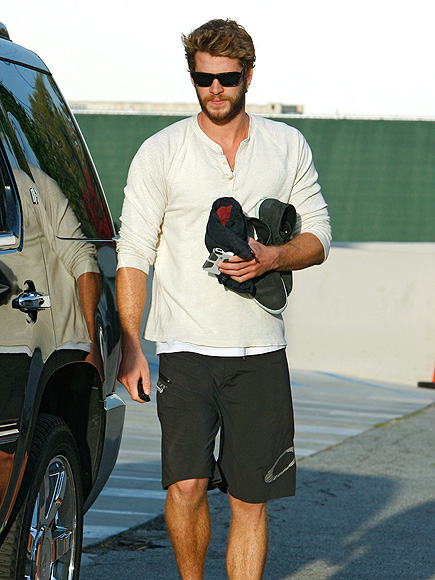 ALL SCRUFFED UP photo | Liam Hemsworth