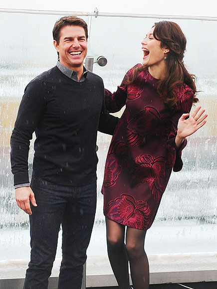A LAUGHING MATTER photo | Olga Kurylenko, Tom Cruise