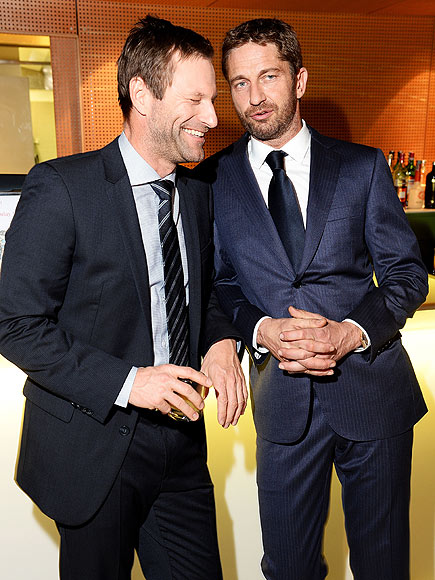 DASHING DUO photo | Aaron Eckhart, Gerard Butler