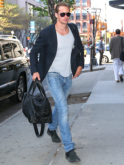 STRIDE RIGHT photo | Alexander Skarsgard