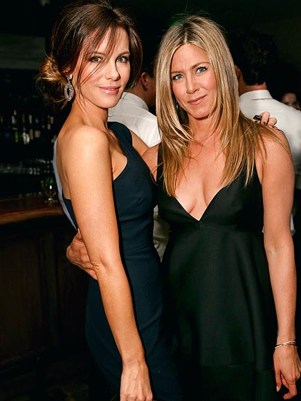 HOST WITH THE MOST photo | Jennifer Aniston, Kate Beckinsale