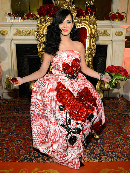 QUEEN OF HEARTS photo | Katy Perry