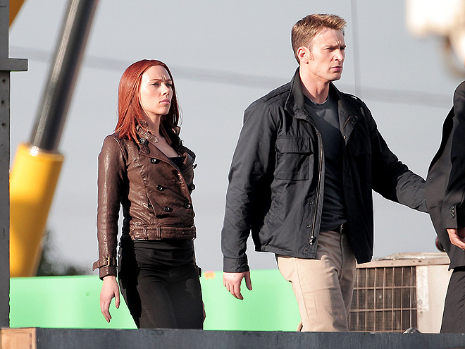 AMERICAN IDOLS photo | Chris Evans, Scarlett Johansson