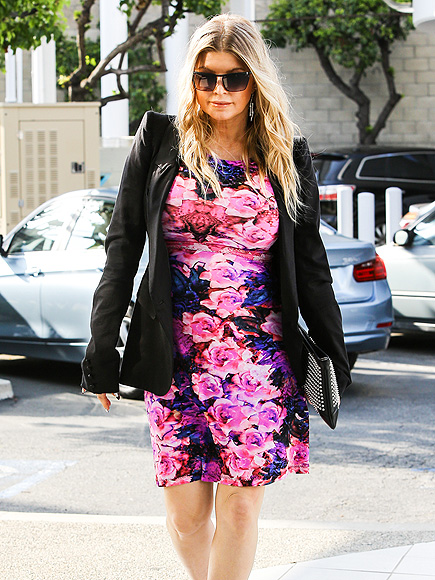 BLOSSOMING BUMP photo | Fergie
