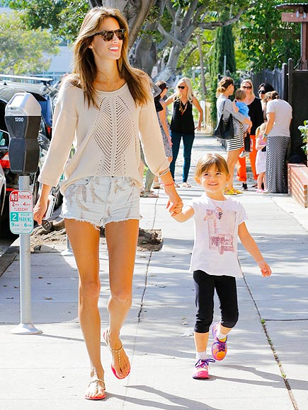 ROLE MODEL photo | Alessandra Ambrosio