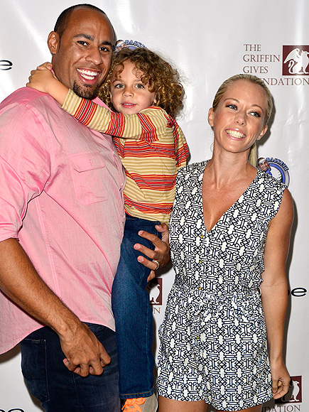 FAMILY PORTRAIT photo | Hank Baskett, Kendra Wilkinson