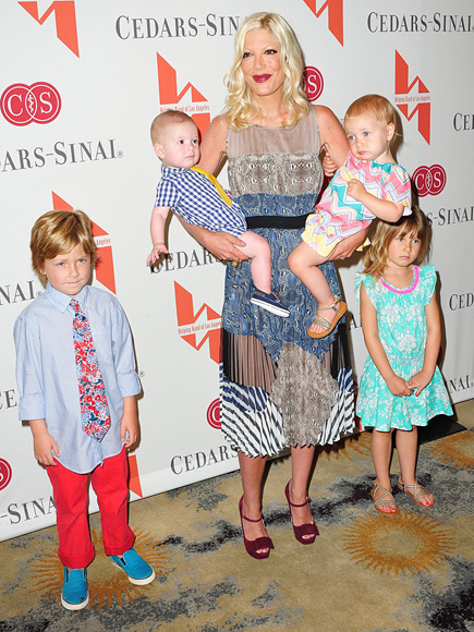 BALANCING ACT photo | Tori Spelling