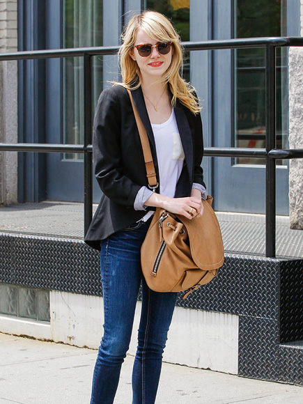 SIDEWALK STYLE photo | Emma Stone