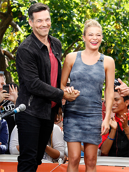 SET OF SMILES photo | Eddie Cibrian, LeAnn Rimes