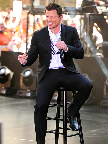 STAGE RIGHT photo | Nick Lachey