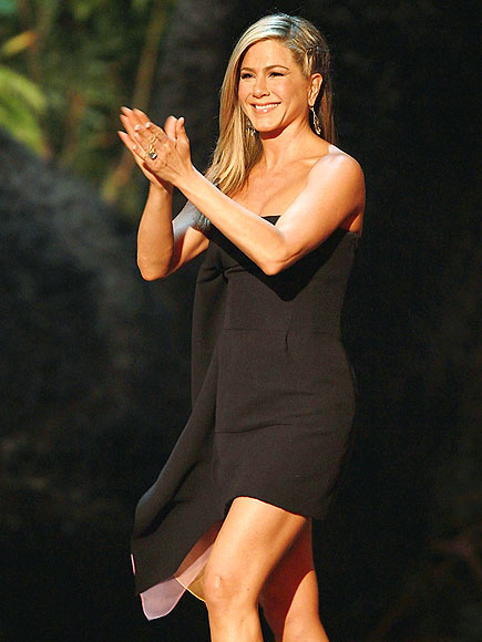 GOOD 'CHOICE' photo | Jennifer Aniston