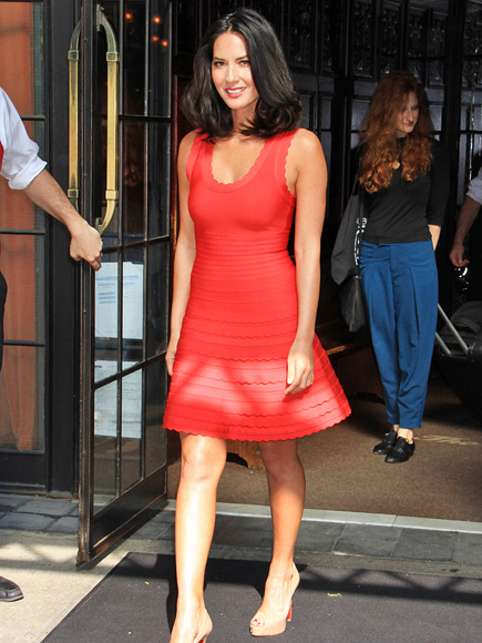 HOT TOPIC photo | Olivia Munn