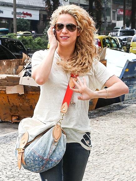 TALKING THE TALK photo | Shakira