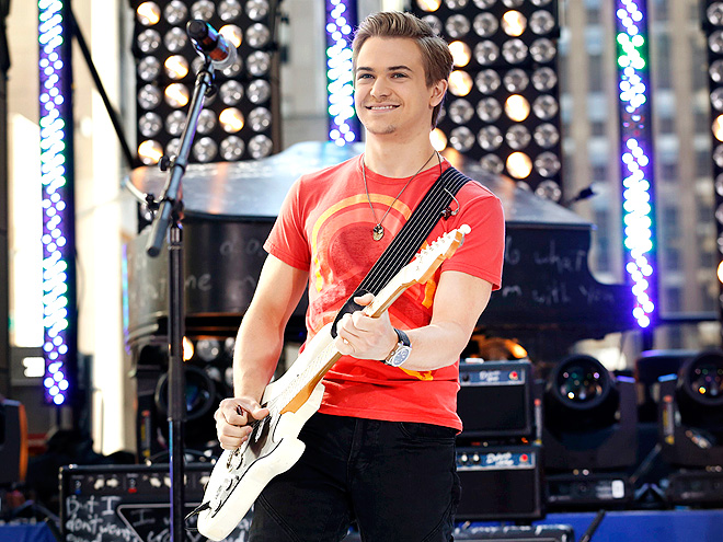 TUNE TIME photo | Hunter Hayes