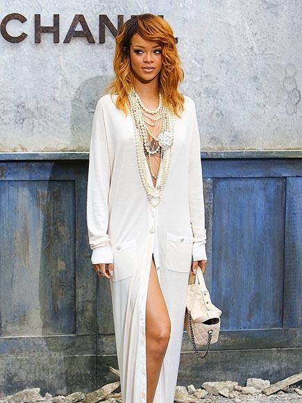 'GRAND' ENTRANCE photo | Rihanna